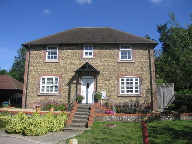First floor Maisonette, Newland Gardens, Amberley